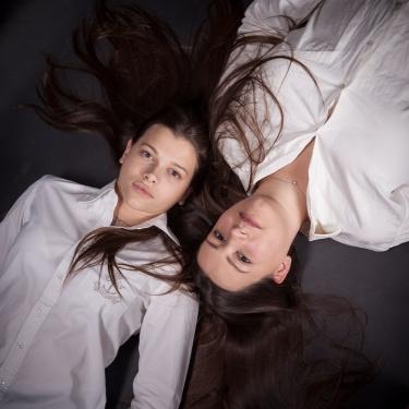 Denise & Sara