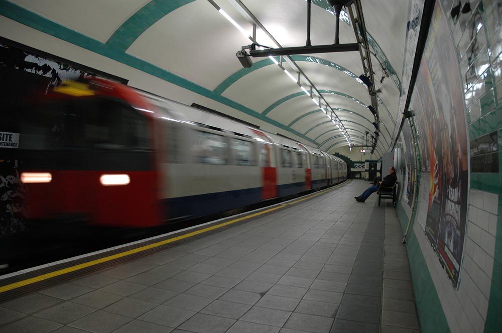 Londra ..... per me - Un reportage da Londra che mostra aspetti meno noti assieme a rappresentazioni classiche di questa stupenda città.